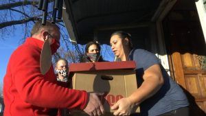 hy-vee donation thanksgiving